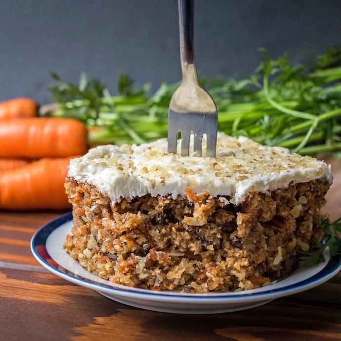 Deli Carrot Cake