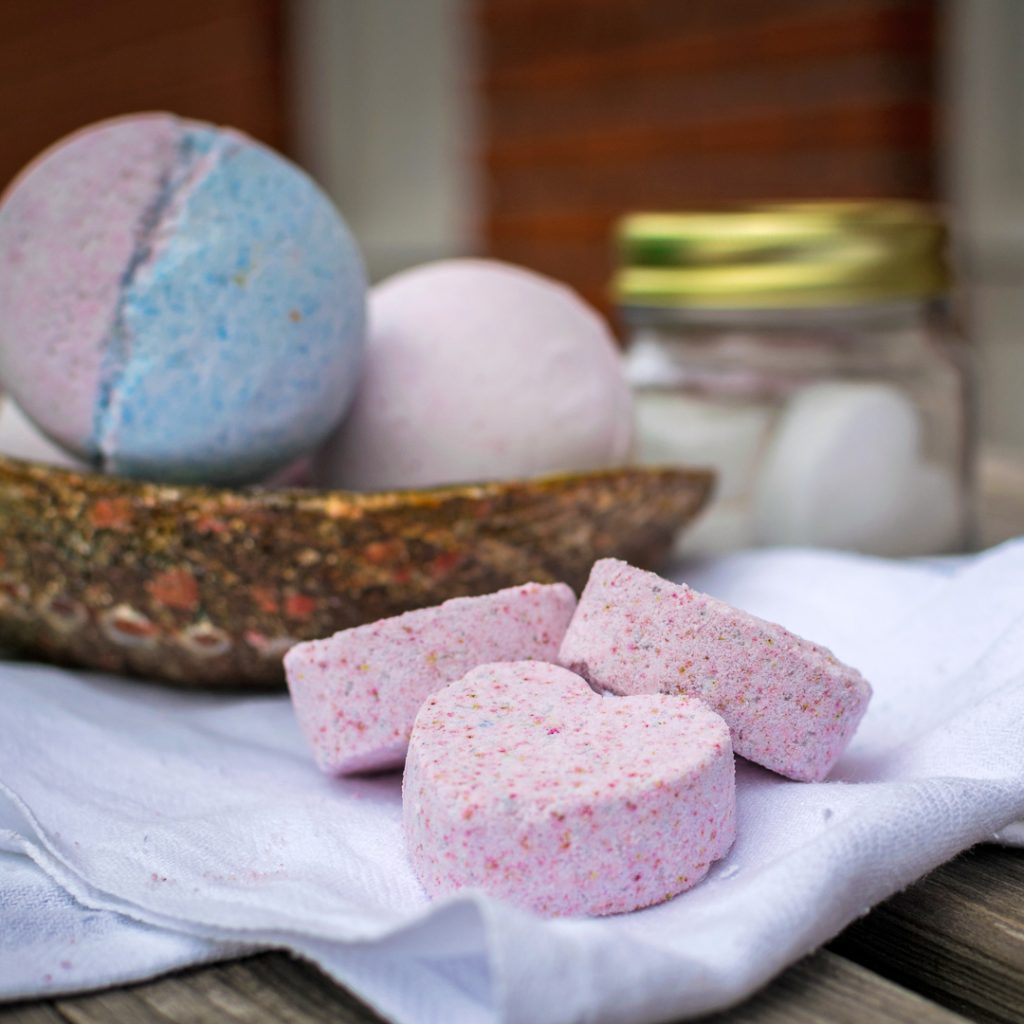Share the fun DIY Bath Bombs