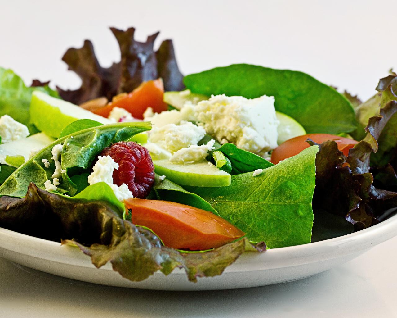 Keto Diet Vegetable Salad Plate