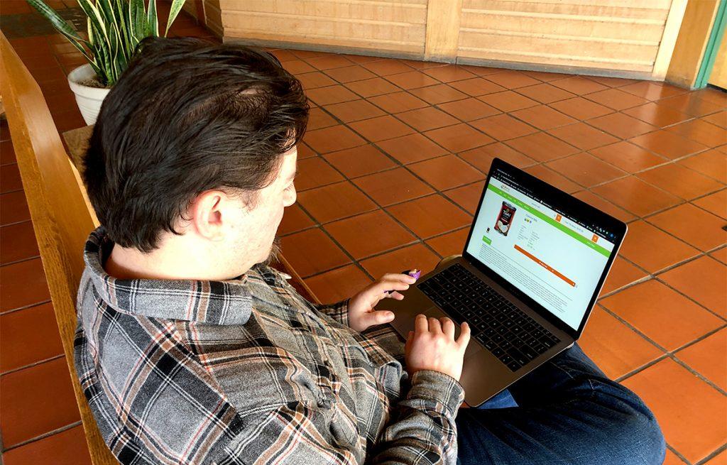 Felipe shops LifeSource online