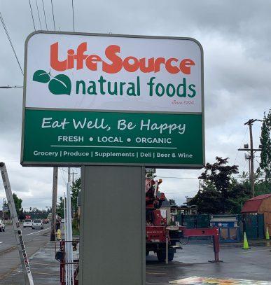 LifeSource Grand Opening